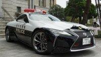 Lexus LC 500 стана полицейска кола