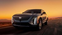 Електрическият SUV на Cadillac бе разграбен за 19 минути