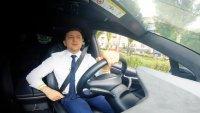 Президентът на Украйна подкара Tesla Model X