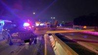 Самолет кацна на оживено шосе и удари кола