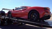 Американец потроши взето под наем Ferrari F8 Tributo