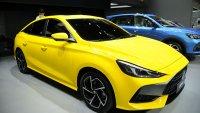 Какво се случва, когато кръстосаш Hyundai Elantra с Mercedes-Benz CLA?