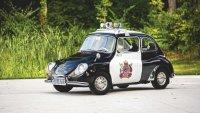 Един от най-малките полицейски автомобили се продава