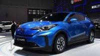 Toyota C-HR също стана електромобил