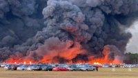 3500 коли изгоряха на паркинг във Флорида