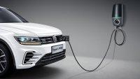 VW включва в гамата си още два хибрида