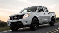 Nissan разделя близнаците Navara и Frontier