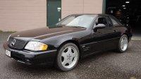 Mercedes пусна за продажба роудстър на 19 години