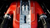 Ferrari работи върху V12 с над 830 конски сили
