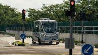 Безпилотен автобус удари пешеходец във Виена