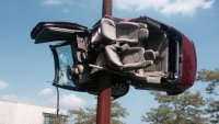 Американка участвала в 26 пътни инцидента (ВИДЕО)