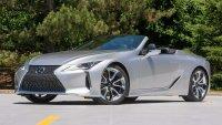 Колко бърз всъщност е кабриолетът Lexus LC 500?