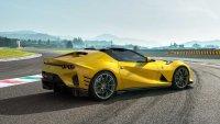 Най-мощното атмосферно Ferrari получи открита версия