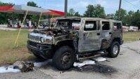 Американец се запаси с бензин и запали своя Hummer