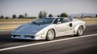 Най-доброто от Ferrari срещу конкурентите от Lamborghini