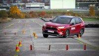 """Най-мощната Toyota RAV4 се провали на """"Лосовия тест"""""""