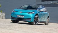 Tesla Model 3 разгроми Volkswagen ID.3... в Германия