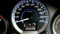 Защо електрониката в автомобила често лъже?