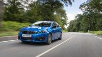 Заради липса на чипове Peugeot връща аналоговите прибори на 308