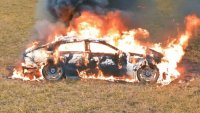 Отчаян блогър запали своя Mercedes-AMG GT 63 S
