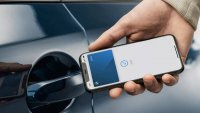Още една компания позволи отключване на колите си с iPhone