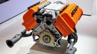 Може ли най-добрите V8 двигатели да се сравнят с най-добрите V12?
