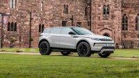 Компактните модели на Land Rover минават на нова електрическа платформа