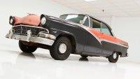 Коя е най-лошата кола, продавана в шоурум?