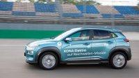 Hyundai Kona постави рекорд по пробег с едно зареждане
