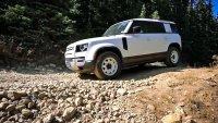 Чисто нов Land Rover Defender се счупи след 269 км пробег