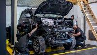 Британци подсилиха Nissan Navara с двигател от GT-R