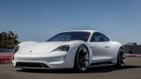 Учени: Електромобилите няма да решат проблема с екологията