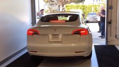 Tesla Modal 3 Matters with 20,000 km (VIDEO)