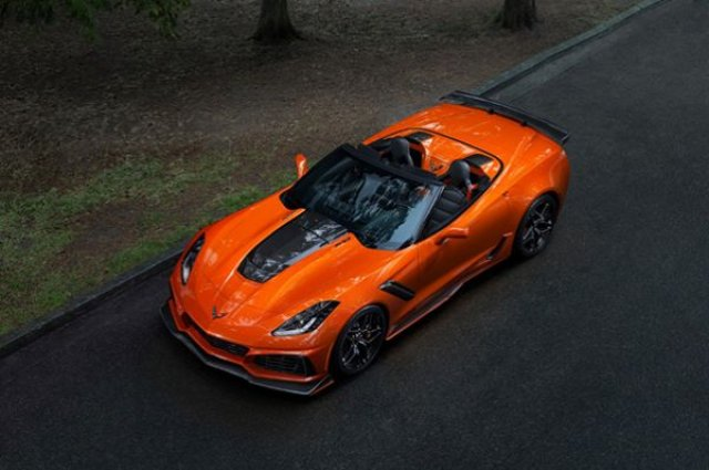 Chevrolet Corvette ZR1 стана роудстър