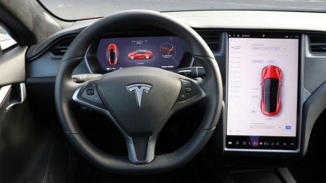 Tesla will chase thieves with Bach