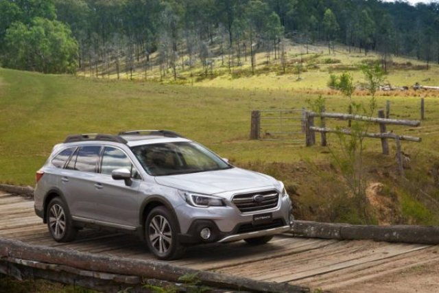 Ford ще бори с Fusion Subaru Outback