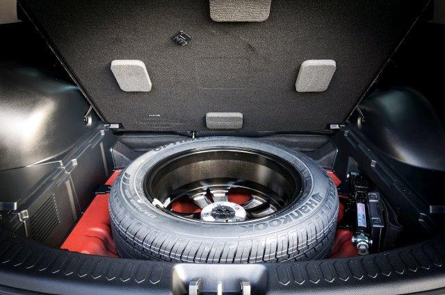 Една трета от новите коли идват без резервна гума AУТОМЕДИЯ
