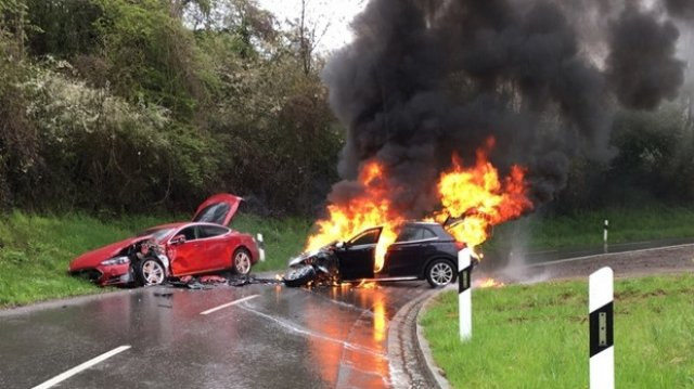 Why did electric cars come on fire?