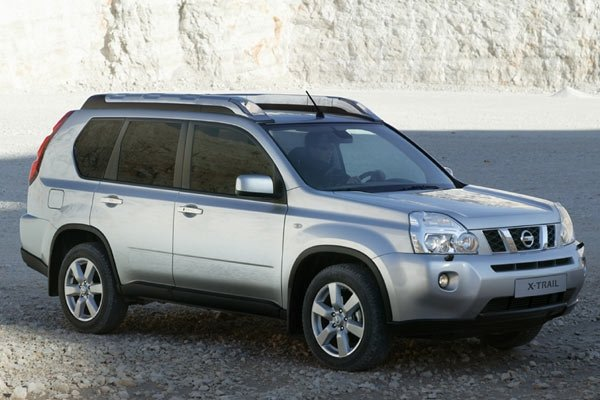 Nissan X-TRAIL version 2.0 (2007)