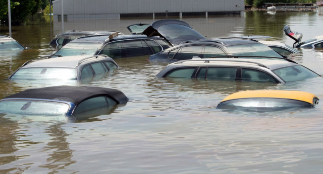 удавени автомобили