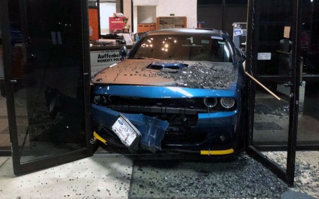 Най-нелепите катастрофи, Dodge